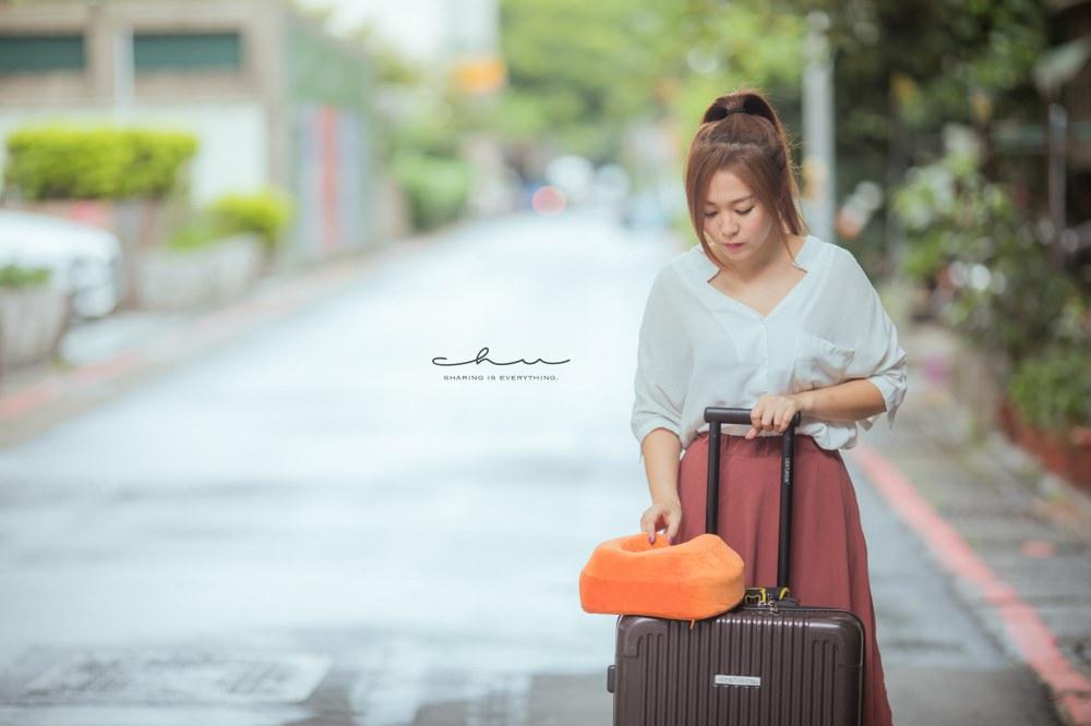 飛機枕,飛機枕哪裡買,飛機枕收納,飛機枕用法,旅行枕cabeau,旅行枕頭,頸枕推薦,頸枕旅行